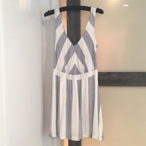 Esley Dress
